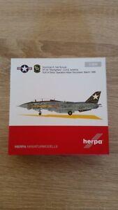 Herpa-558891-1-200-Grumman-F-14A-Tomcat-VF-33-034-Starfighters-034-New