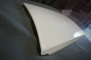 H-Style-Bonnet-Scoop-For-VY-VZ-Commodore-S-SS-SV6-SVZ-Calais-Berlina-Sedan-Ute