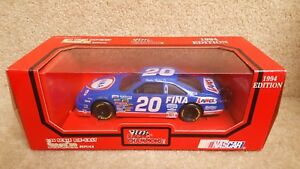1994 Racing Champions 1:24 Diecast NASCAR Bobby Hillin Jr FINA Ford Thunderbird