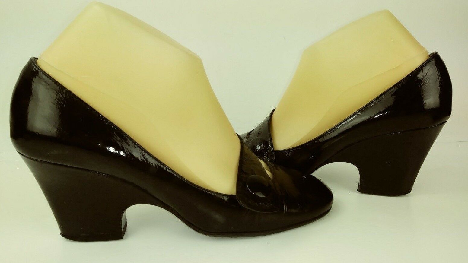 Biala Womens shoes Heels US 8 M Black Patent Leather Mary Jane Work  693