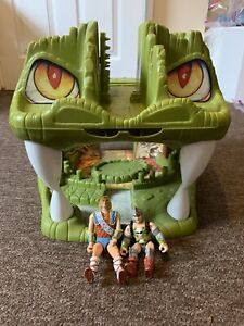 Fortress-of-The-Fangs-Dungeons-and-Dragons-D-amp-D-1980s-Very-Rare-Incomplete