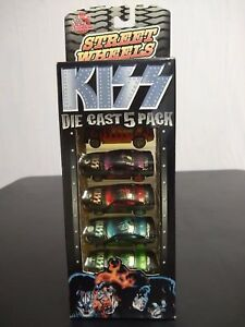 KISS-RACING-CHAMPIONS-DIECAST-5-PACK-1-64-NEW
