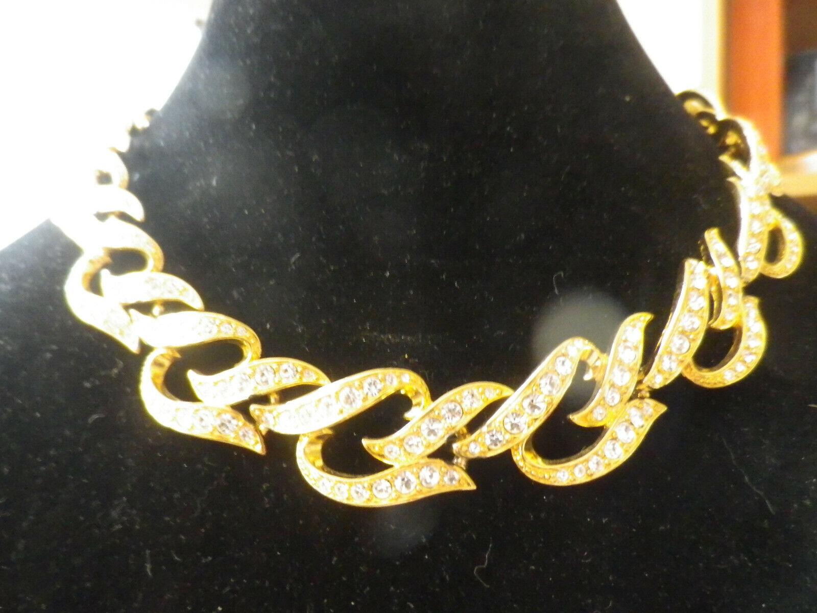 Avon Elizabeth Taylor Eternal Flames Gold Tone Ch… - image 1