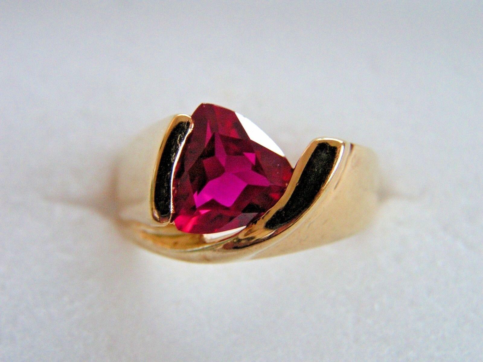 925 goldtone UTC Created Pink Ruby Trillion Ring Size 8
