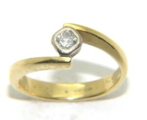 Ladies-womens-18ct-gold-engagement-ring-with-a-solitaire-diamond-UK-size-K-1-2