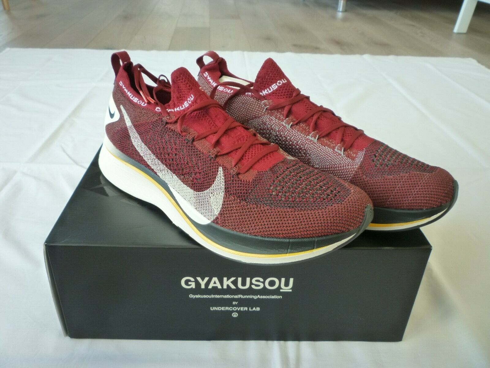 Nike Zoom Vaporfly 4% Flyknit Gyakusou Team Red US 13 AV7998-600 Run