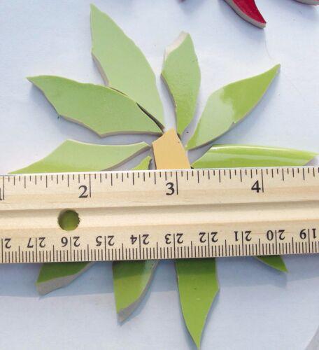 Large Green Daisy Flower Mosaic Tile Broken Cut China Plate