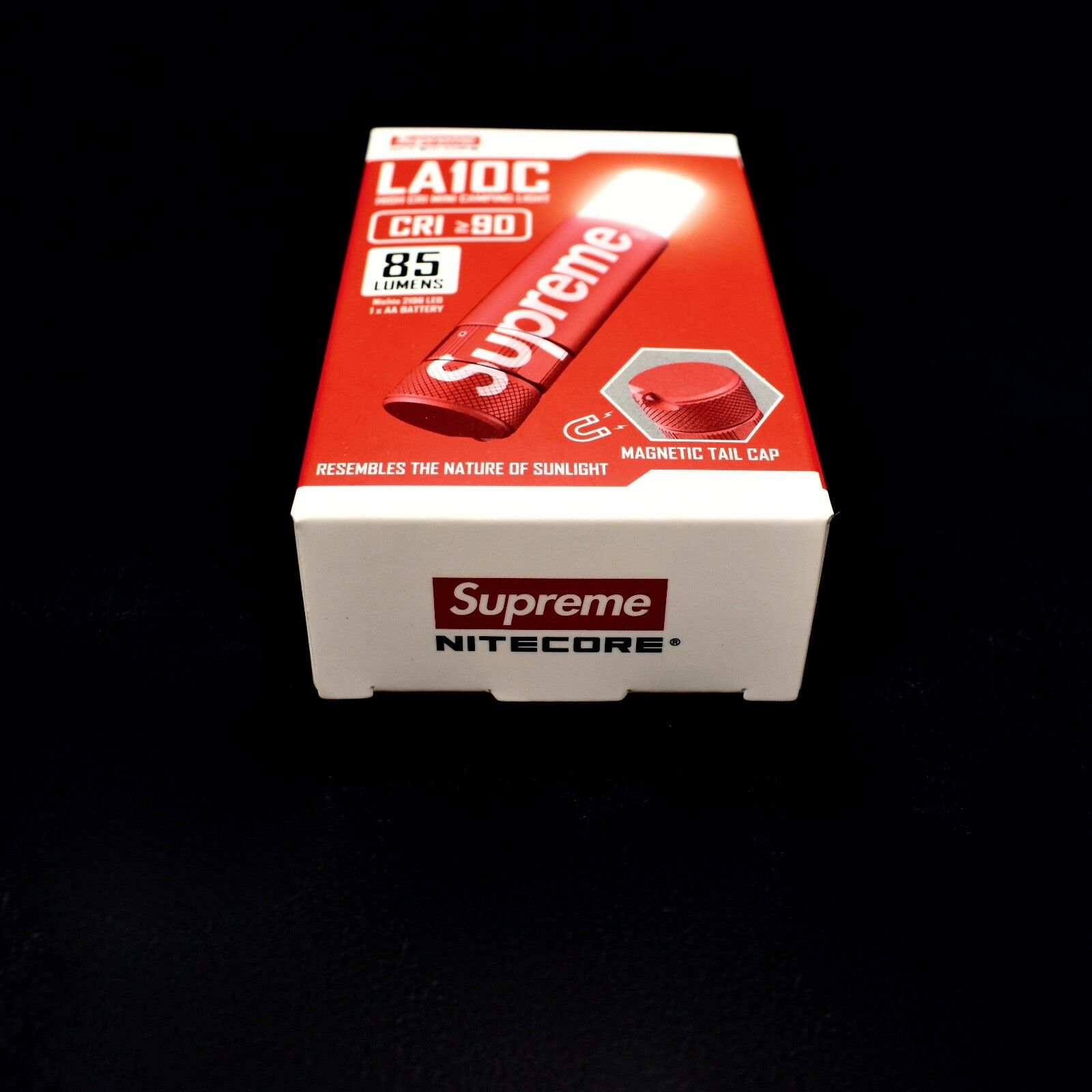 NWT Supreme NY Nitecore rot Box Logo Mini Camping Camping Camping Flashlight Lamp FW17 AUTHENTIC 50ce87