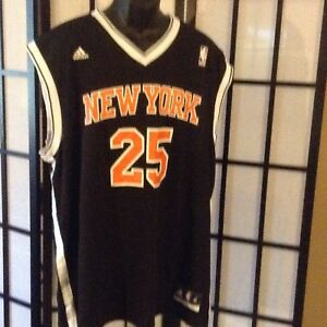 New York Knicks Derrick Rose  25 NBA adidas Chevron Replica Jersey ... 9ee0980b0
