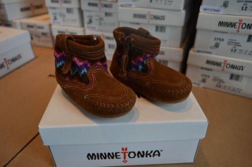 New in Box MINNETONKA Aspen Dusty Brown Baby//Toddler Bottines en daim