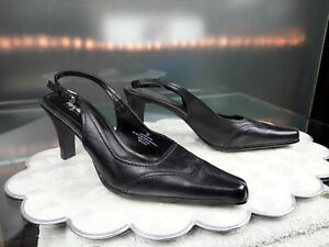 Target MOSSIMO Women's Leather Pumps