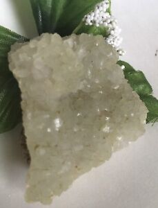 52g-NATURAL-SOFT-GREEN-PREHNITE-amp-EPIDOTE-MINERAL-CRYSTAL-CLUSTER-Reiki-MALI