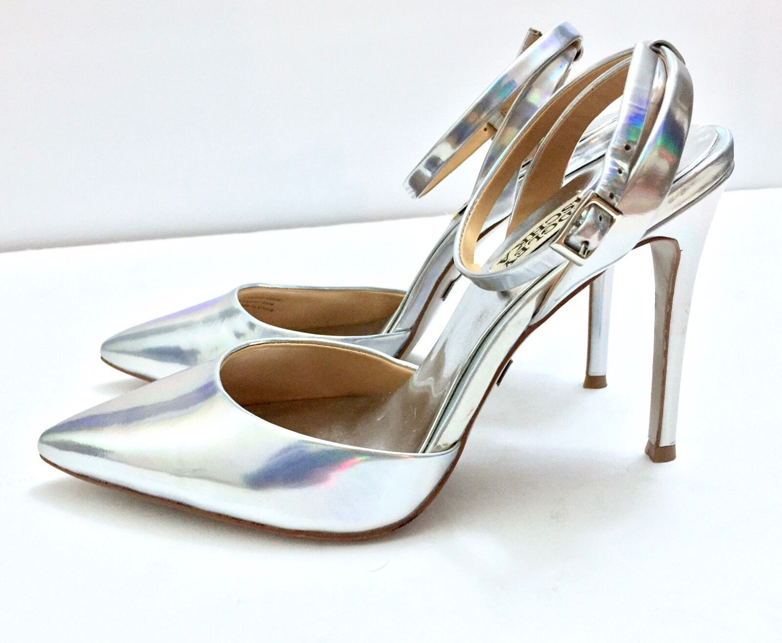 BADGLEY MISCHKA Silver Pointed Toe Heels Ankle Strap Buckle Sz Holographic Sz Buckle 6.5 fef9b7