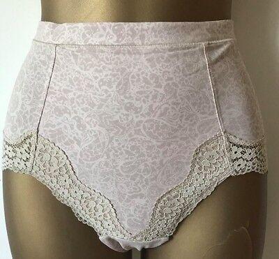 Brand New Ex M/&S Vintage Lace Cotton Rich Light Control Full Briefs Sizes 10-24