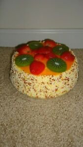 REALISTIC-Artificial-Faux-Fake-Food-Replica-CAKE-Strawberry-KIWI-Stage-Prop