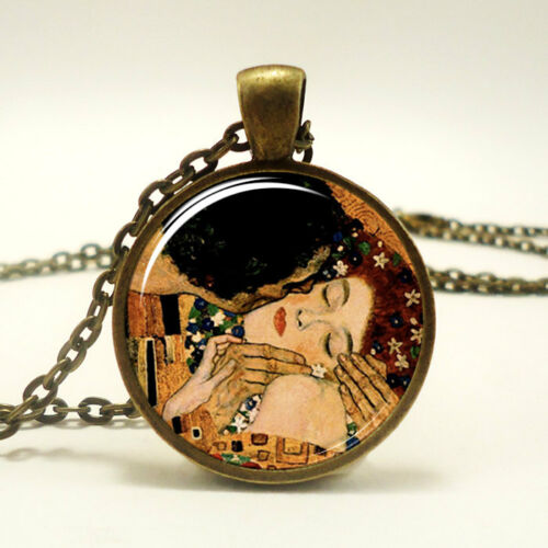 The Kiss by Gustav Klimt Necklace Bronze 0454B1IN Art Pendant
