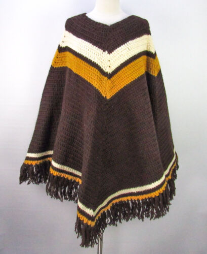 Vintage 70s Chunky Hand-Knit Poncho Cape Sweater B