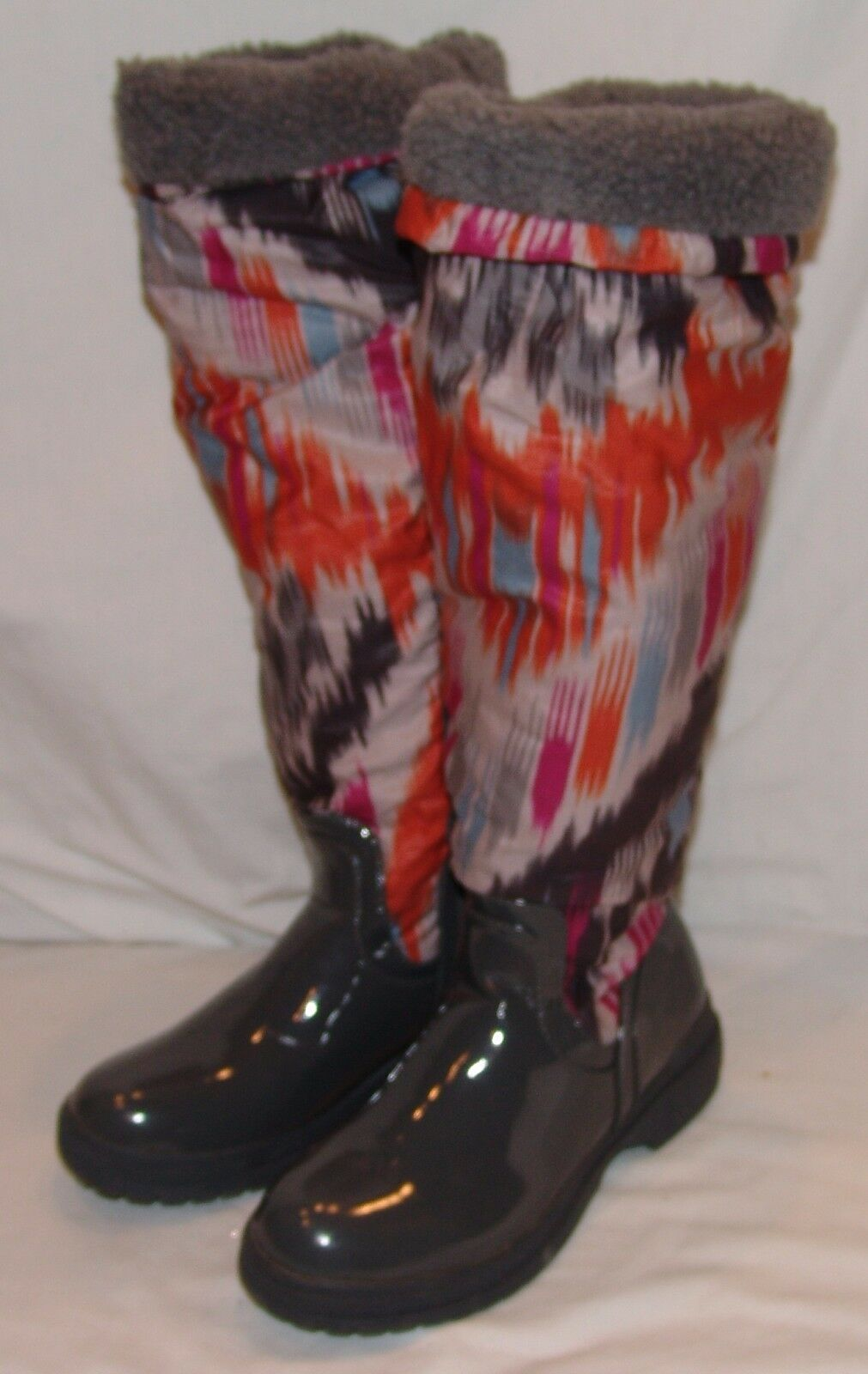 De Blossom Collection Womens Boots 7 1/2 Malak 2 Gray Abstract Print Faux Fur