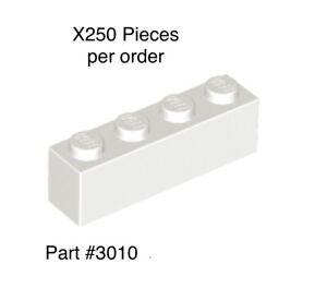 5005205 et 6195777 LEGO Porte clé VIP rouge chrome Neuf  Rare ref