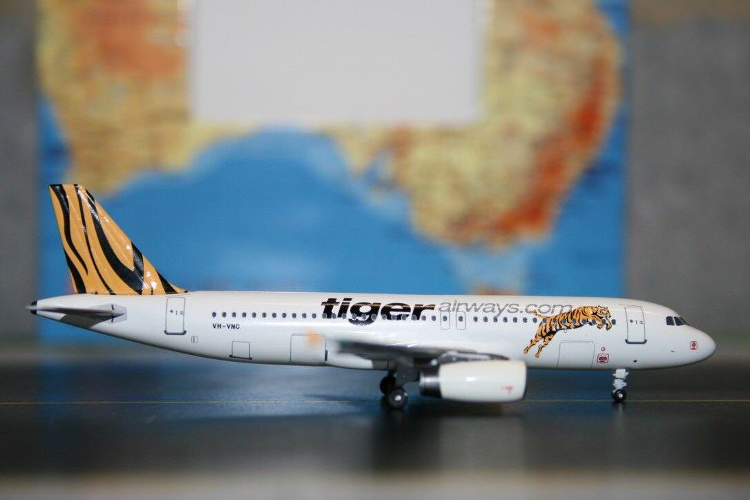 Aeroclassics 1 400 Tiger Airways (Tigerair) Airbus A320-200 VH-VNC (ACVHVNC)