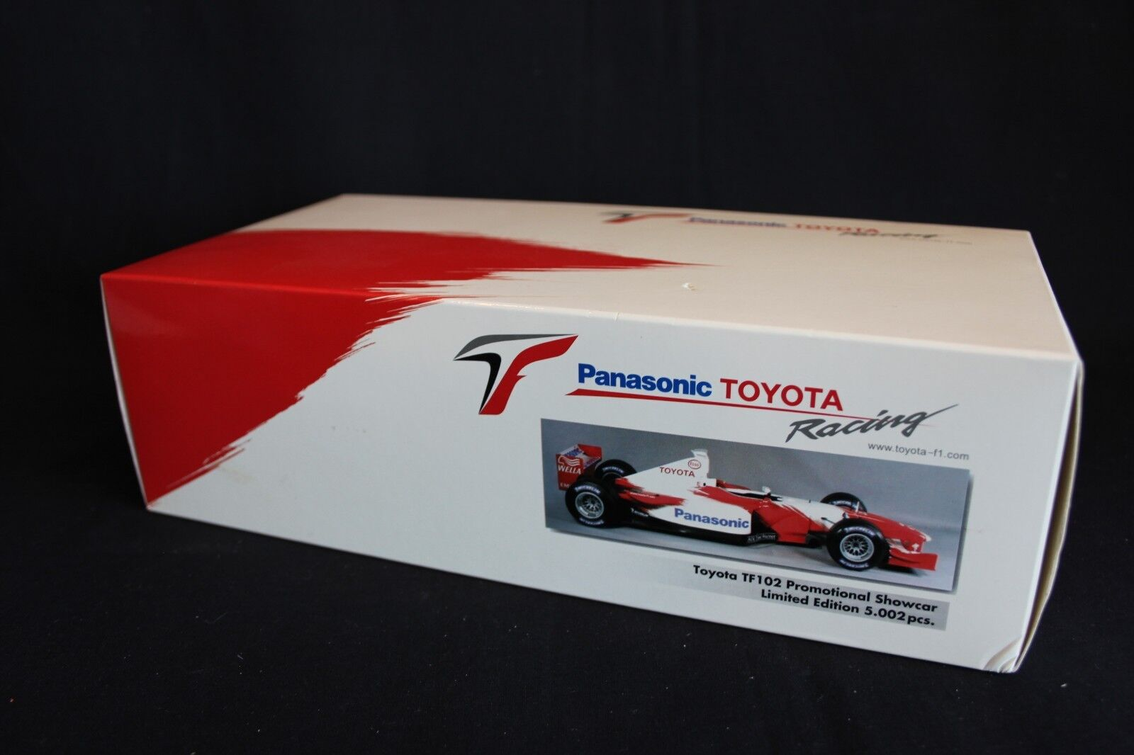 Minichamps Toyota TF102 Showcar 2002 1 18 18 18 367761