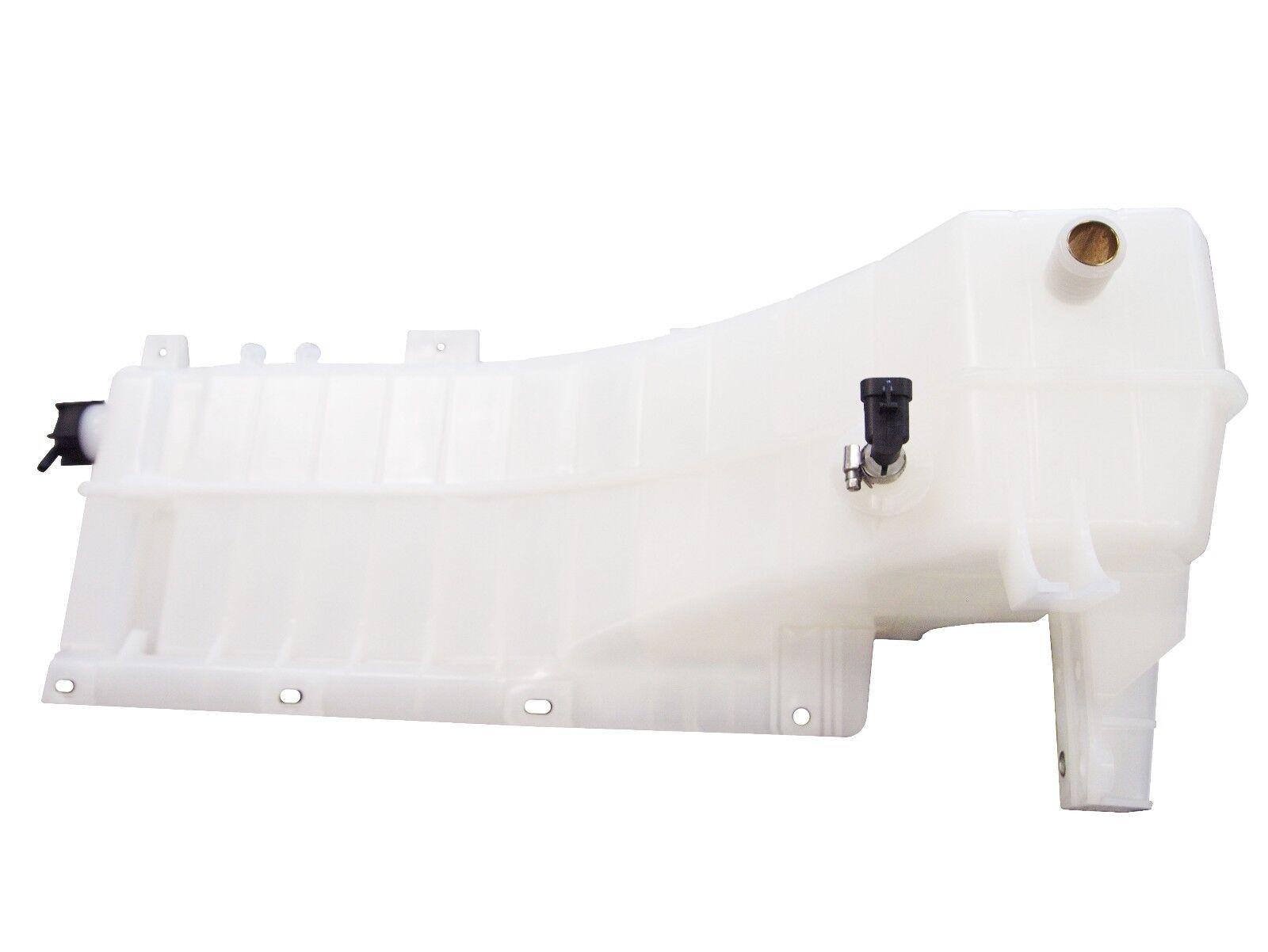 Volvo VNL Coolant Reservoir 20968795 21000194 21038101 21067134 22564837