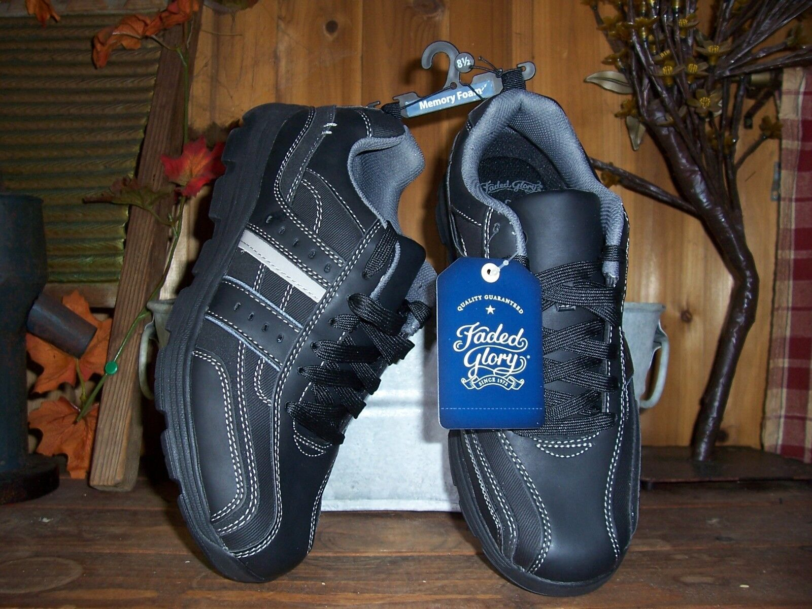 FADED GLORY MENS CASUAL MEMORY FOAM SNEAKERS SIZE 8.5 COLOR BLACK MENS ATHLETIC