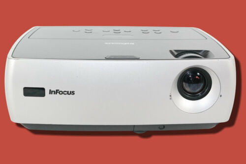InFocus IN24 EP DLP Projector 2400 ANSI HD 1080i w//Remote HDMI Adapter bundle