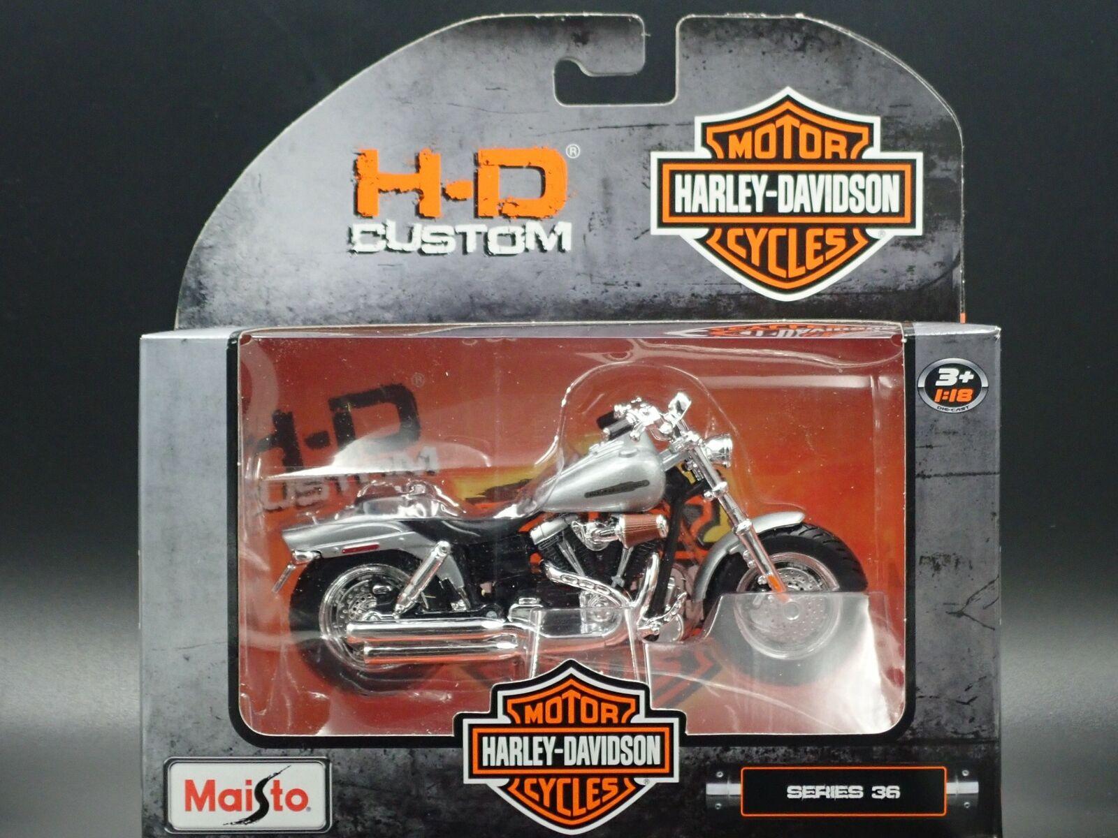 HARLEY DAVIDSON 2009 FXDFSE CVO FAT BOB SILVER 1:18 Modellino Die Cast Moto Maisto