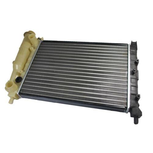 Radiador motor refrigeración thermotec d7f009tt