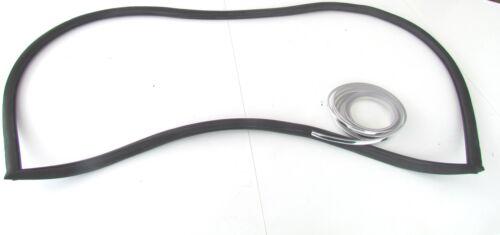 Heckscheibengummi Kadett B Fließheck LS mit Chrome-Keder Opel classic parts