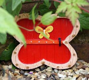 NEW-SMALL-RED-FAIRY-DOOR-GARDEN-ORNAMENT-TREES-OR-WALL-FO-14624I
