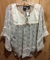Resistol Women's White Floral Lace Free Love And Heart Tunic Shirt R3f307 U093tn