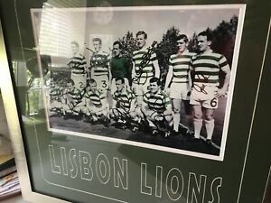 Rare-Lisbon-Lions-signed-photo-Framed-and-signed-by-8-of-the-team-1967