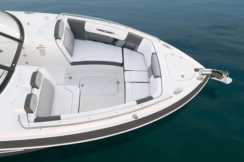Chaparral, Motorbåd, fod 32
