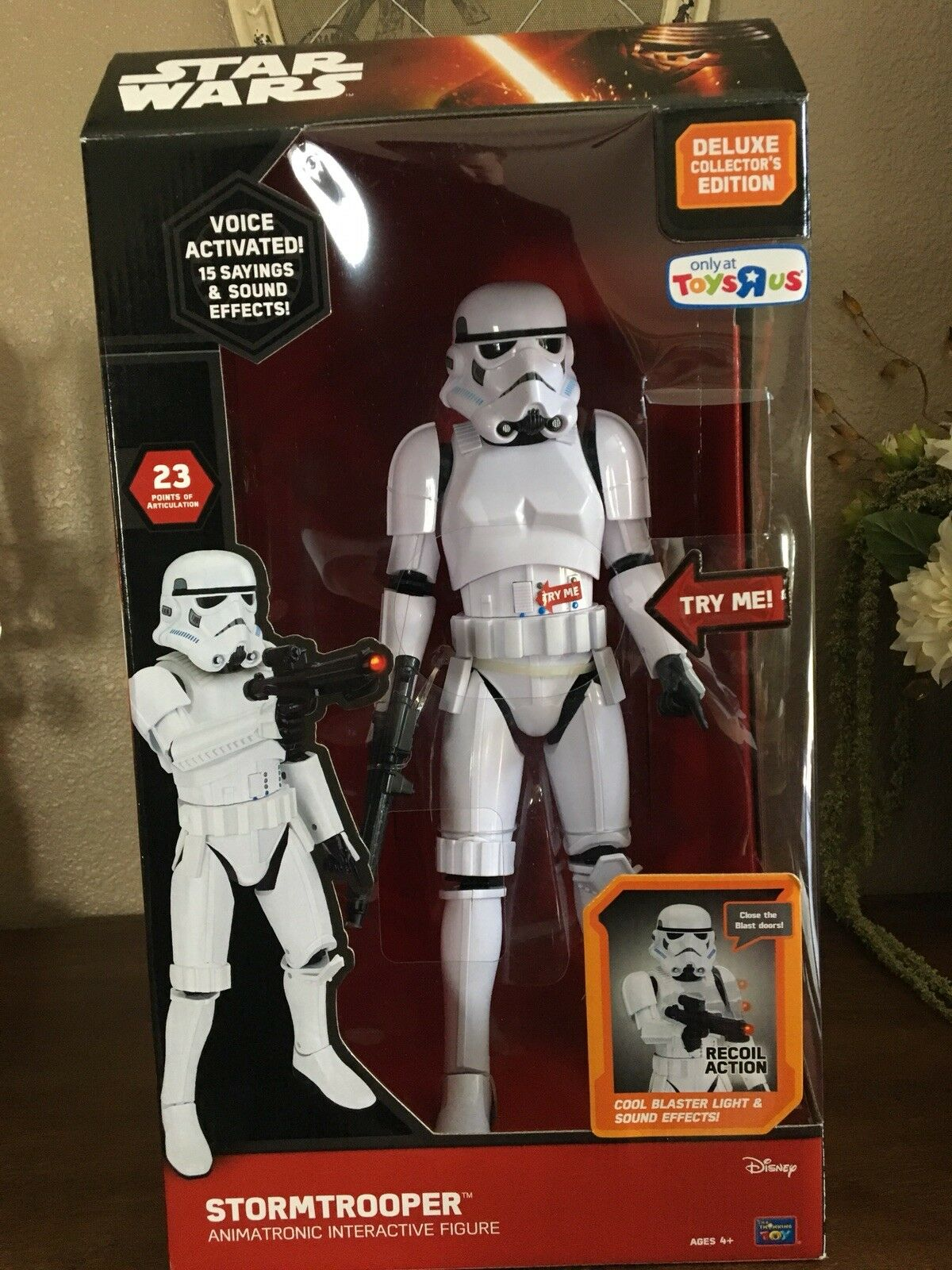 "Toys ""R"" Us 