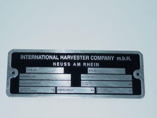 40 Typenschild Datenschild für IHC Traktor Schlepper Schild