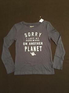 NWT GapKids Girls Left Homework on Another Planet Top Size XS /& S 4-5 6-7