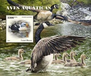 Guinee-Bissau-2018-Oiseaux-aquatiques-Stamp-Souvenir-Sheet-GB18504b