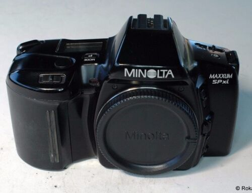 Minolta Maxxum SPxi SLR camera body only SPxi