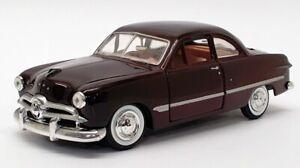 Motor-Max-scala-1-24-auto-modello-MX73213-1949-FORD-Coupe-Borgogna