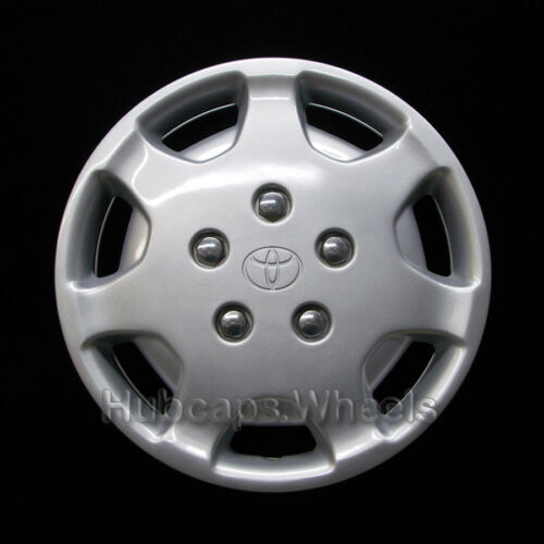 Toyota Camry 1991-1994 Hubcap Genuine Factory Original OEM 61058 Wheel Cover