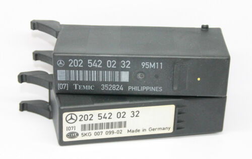 Orig MERCEDES W202 Relais A 2025420232 Lichtmodul Lampenkontrolle