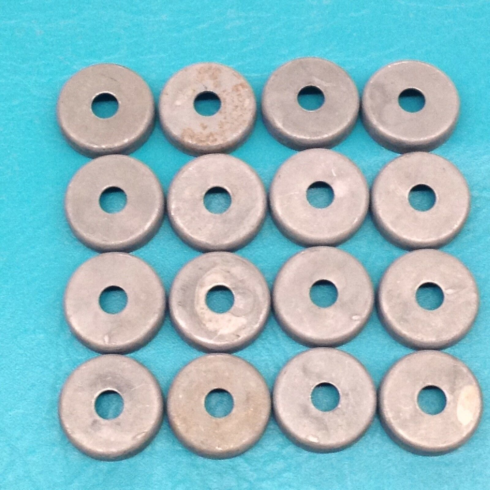 16 nuevo 1 1 4  pies de soldadura en tazas de acero metal hierro Forjado Patio Silla Pierna Tapas