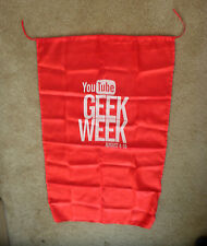 "YouTube ""Geek Week"" Cape (2013) VidCon"