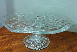 Vintage Daisy and Button Cake Plate