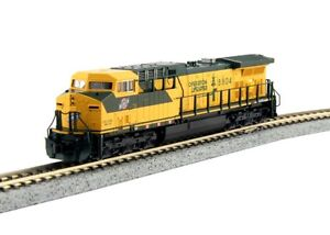 Kato-176-7035-N-Scale-GE-AC4400CW-C-amp-NW-8804-DCC-Ready-Locomotive
