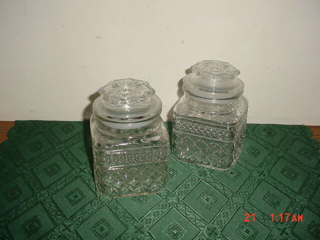"4-PC ANCHOR HOCKING ""WEXFORD"" 5 1/4"" GLASS CANISTERS WITH LIDS/SEALS/CLEARANCE!"