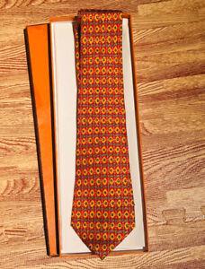 Hermes-Paris-Men-039-s-Neck-Tie-Orange-Geo-100-Silk-Made-In-France-7584-SA