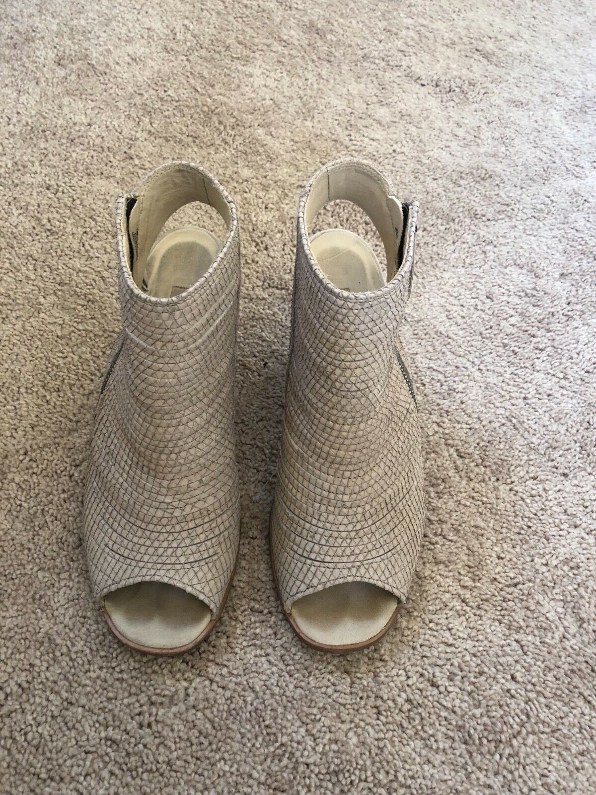 PAUL GREEN OPEN TOE HIGH-HEEL BOOTIES IN SIZE 10